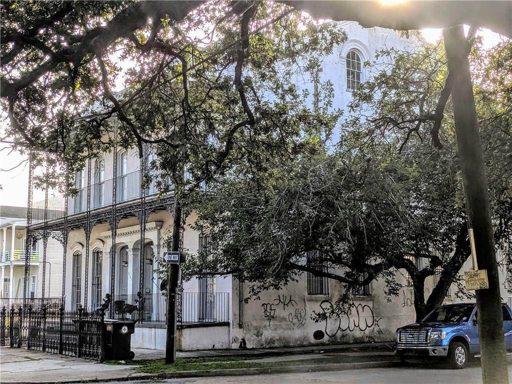 Apartments for Sale at 2103 BARONNE Street New Orleans, Louisiana 70113 United States