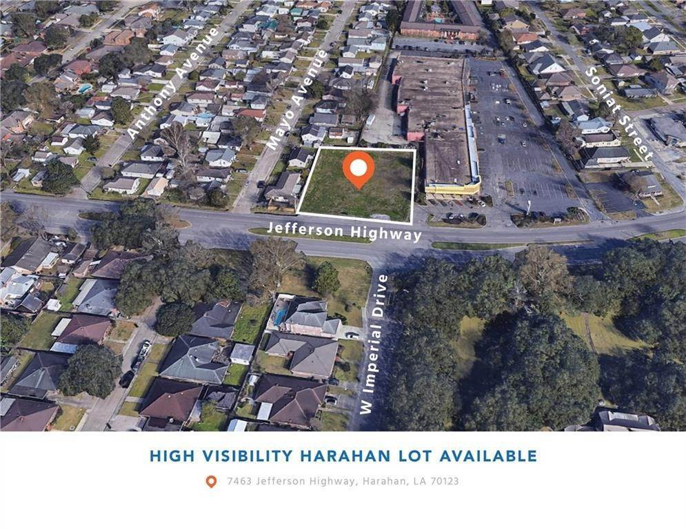 Single Family Homes 为 销售 在 7463 JEFFERSON Highway Harahan, 路易斯安那州 70123 美国