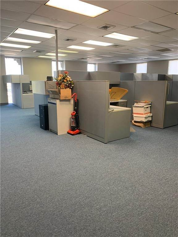 12. Commercial / Office at 1919 VETERANS MEMORIAL Boulevard Kenner, Louisiana 70062 United States