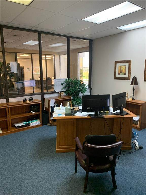6. Commercial / Office at 1919 VETERANS MEMORIAL Boulevard Kenner, Louisiana 70062 United States