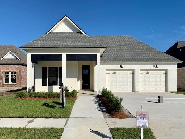 Single Family Homes por un Venta en 17344 FOX GLOVE Avenue Prairieville, Louisiana 70769 Estados Unidos
