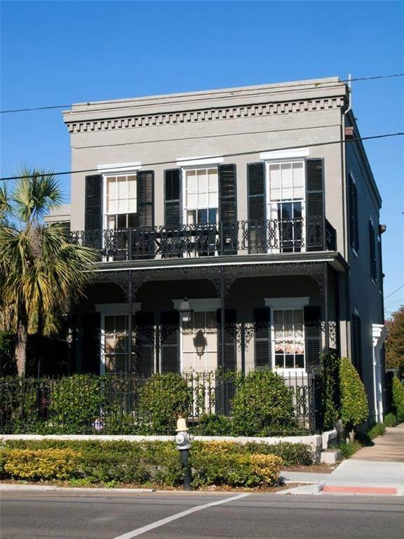 condo / townhouse / duple at 1104 SECOND Street New Orleans, Louisiana 70130 United States
