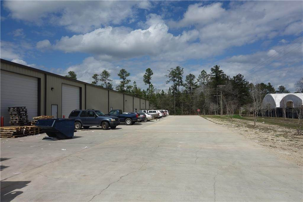 4. Commercial / Office at 69069 SKY BROOK Road Mandeville, Louisiana 70471 United States