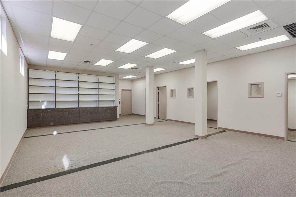 4. Commercial / Office at 3705 FLORIDA Avenue Kenner, Louisiana 70065 United States