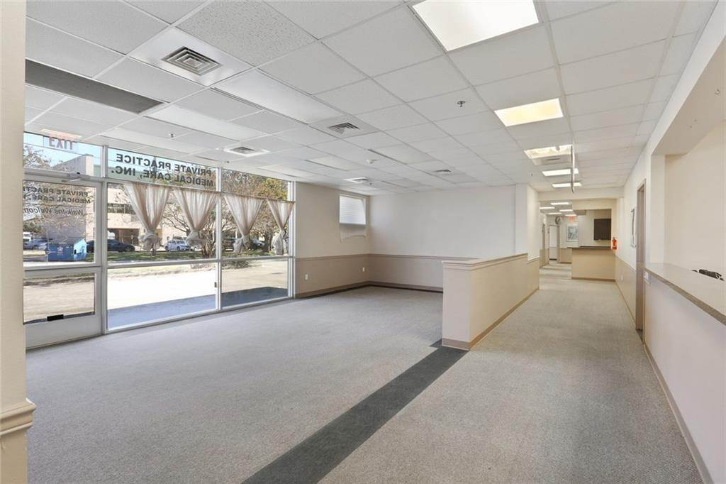 6. Commercial / Office at 3705 FLORIDA Avenue Kenner, Louisiana 70065 United States