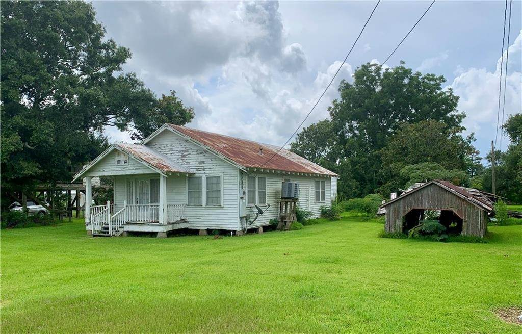 Single Family Homes for Sale at 1779 BAYOU DULARGE Road Theriot, Louisiana 70397 United States