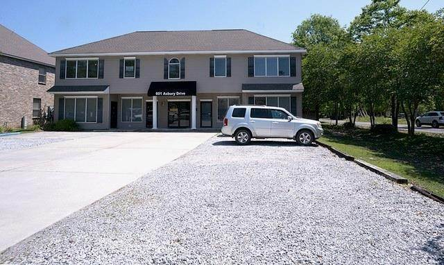 Commercial / Office at 601 ASBURY Drive Mandeville, Louisiana 70471 United States