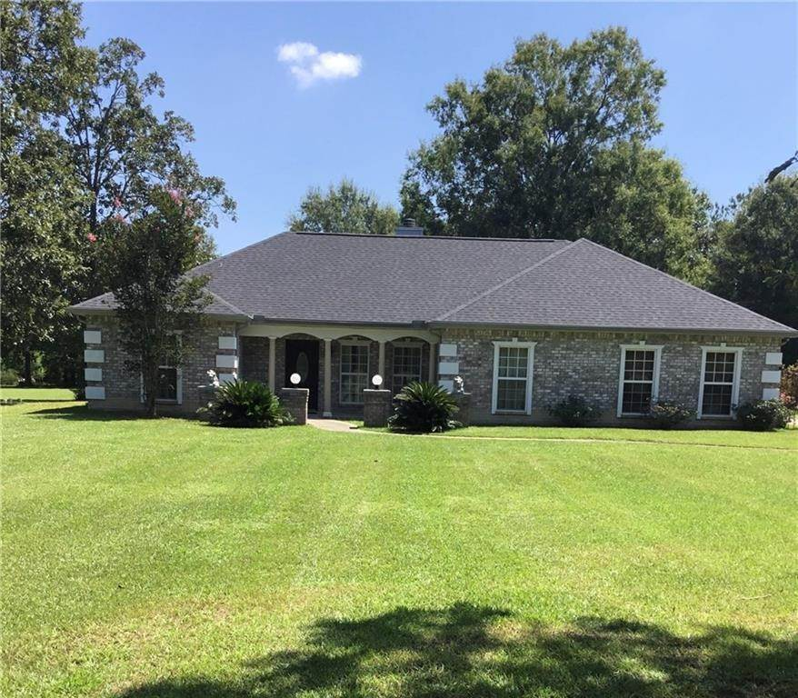 Single Family Homes 为 销售 在 17493 RISING FAWN Road Amite, 路易斯安那州 70422 美国