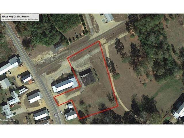 Single Family Homes for Sale at 36022 38 Highway Mount Hermon, Louisiana 70450 United States