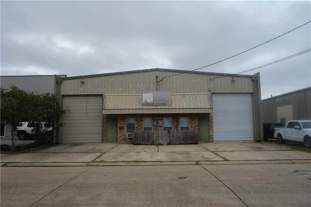18. Warehouse at 18 23RD Street Kenner, Louisiana 70062 United States