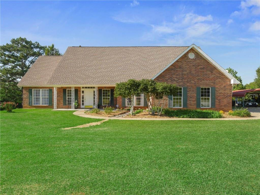 Single Family Homes for Sale at 37595 HWY. 1055 Highway Mount Hermon, Louisiana 70450 United States