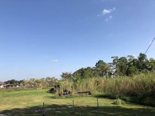 Single Family Homes for Sale at PRIVATEER Boulevard Barataria, Louisiana 70036 United States