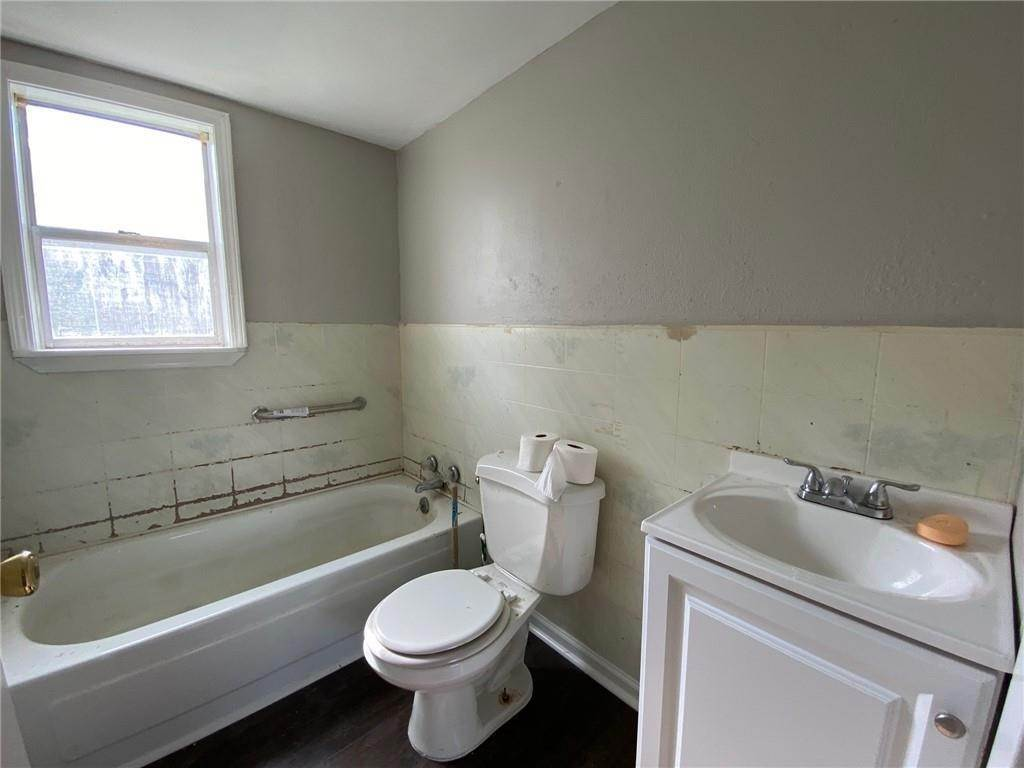 24. Single Family Homes for Sale at 313 S EMILIE Street Garyville, Louisiana 70051 United States
