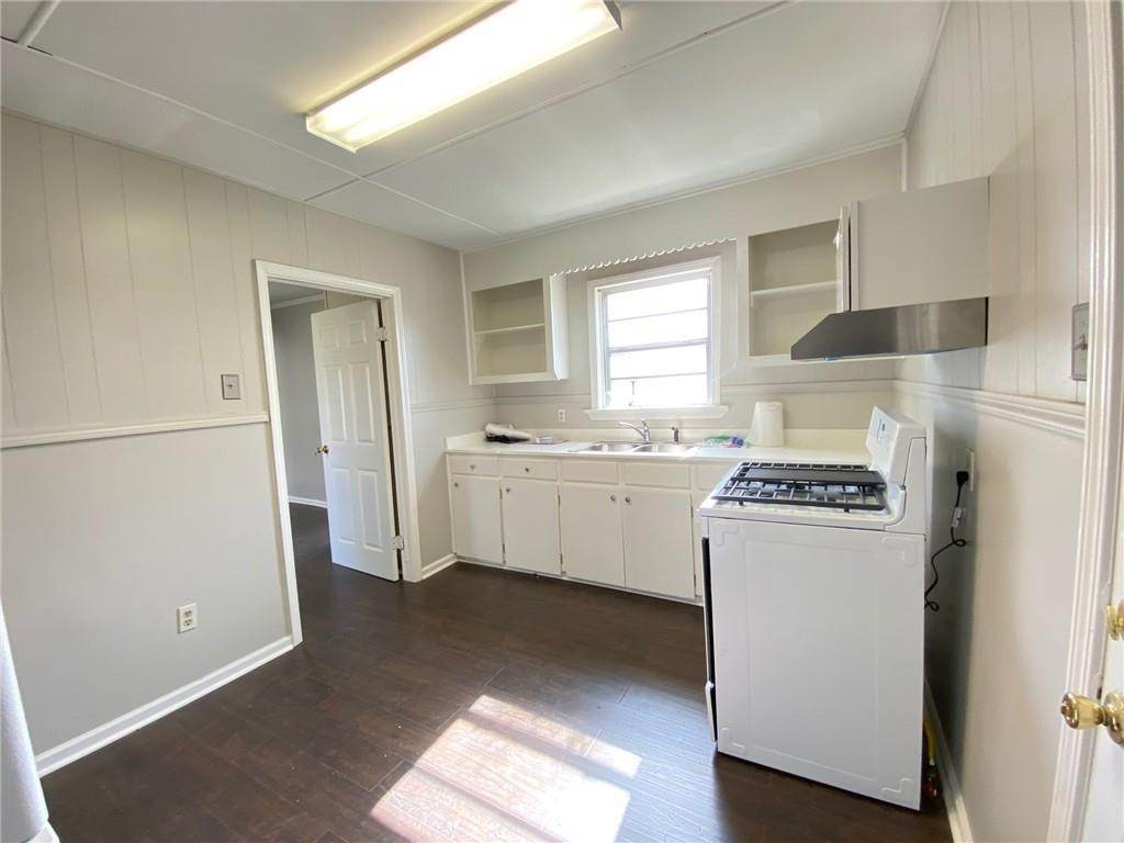 29. Single Family Homes for Sale at 313 S EMILIE Street Garyville, Louisiana 70051 United States