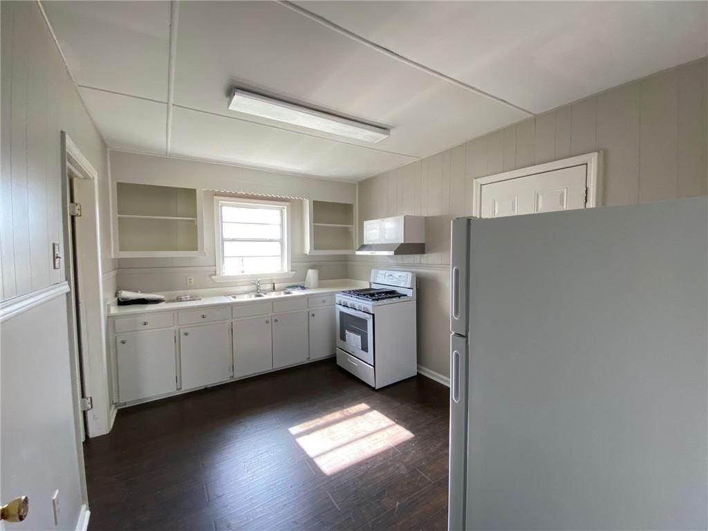 31. Single Family Homes for Sale at 313 S EMILIE Street Garyville, Louisiana 70051 United States