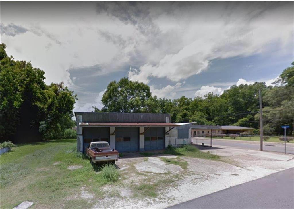 Single Family Homes por un Venta en 606 S MAIN Street Jennings, Louisiana 70546 Estados Unidos