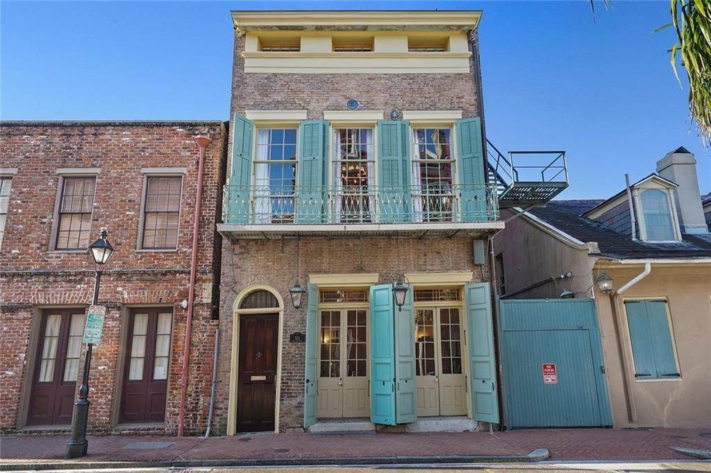 townhouses for Sale at 926 TOULOUSE Street New Orleans, Louisiana 70112 United States