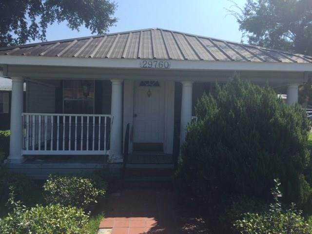 Single Family Homes for Sale at 29774 MONTPELIER Avenue Albany, Louisiana 70711 United States