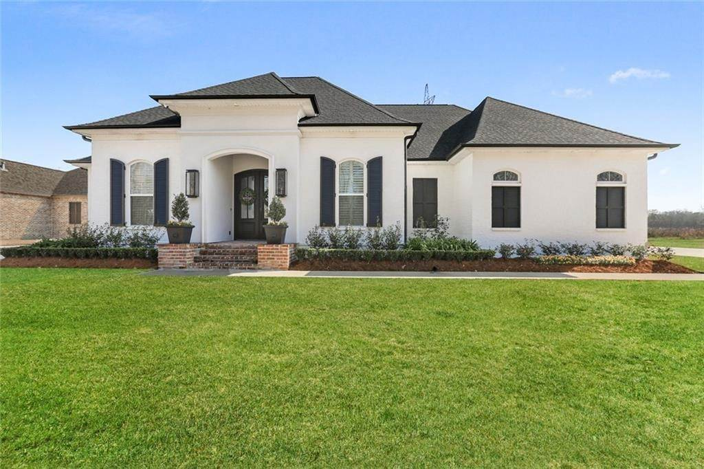 Single Family Homes por un Venta en 940 EVANGELINE Road Montz, Louisiana 70068 Estados Unidos