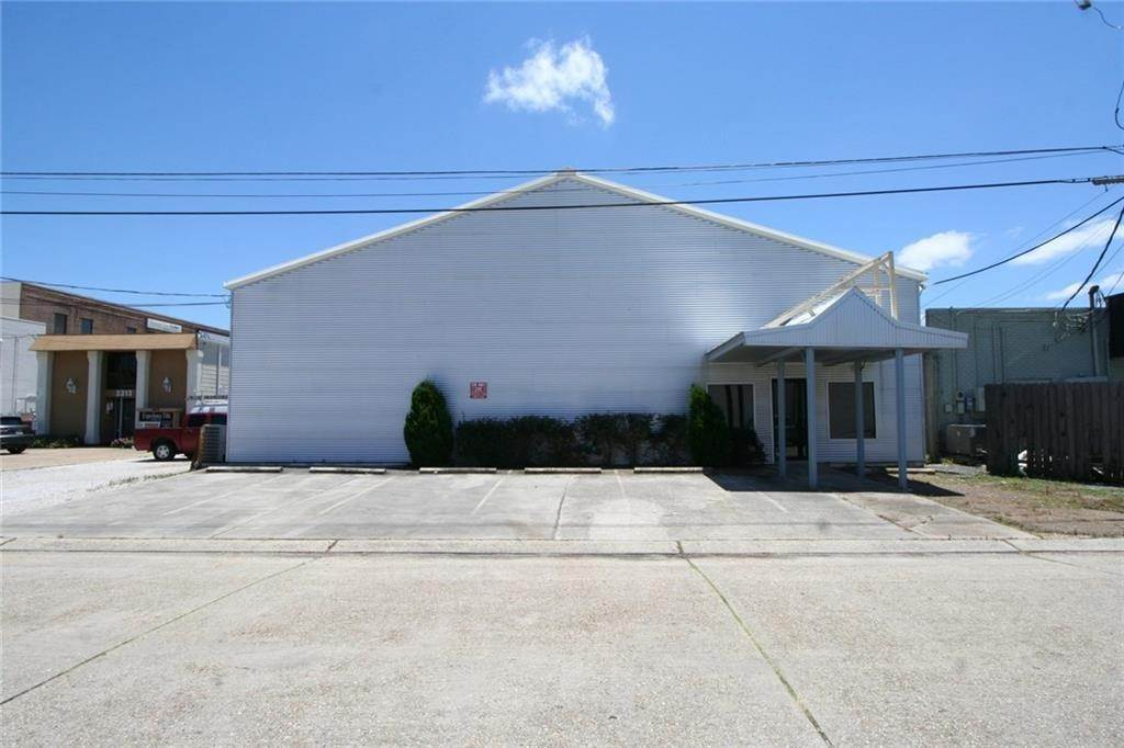 Commercial / Office at 3307 KINGMAN Street Metairie, Louisiana 70006 United States