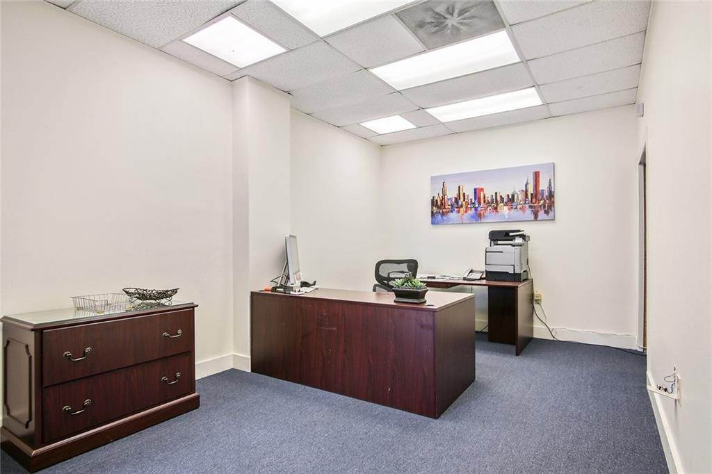 Commercial / Office at 4344 EARHART Boulevard New Orleans, Louisiana 70125 United States