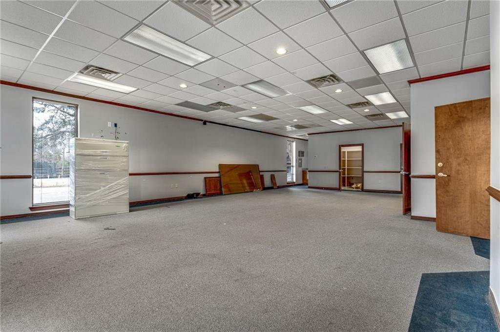7. Commercial / Office at 8712 HWY 23 Highway Belle Chasse, Louisiana 70037 United States