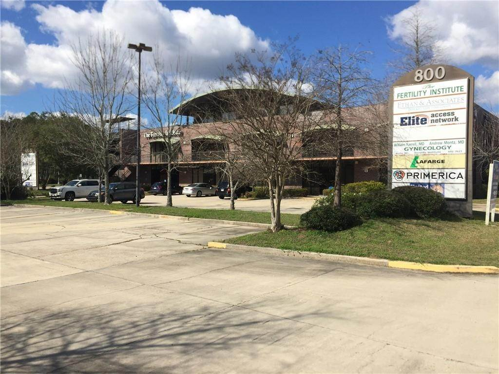 Commercial / Office at 800 N CAUSEWAY Boulevard Mandeville, Louisiana 70471 United States