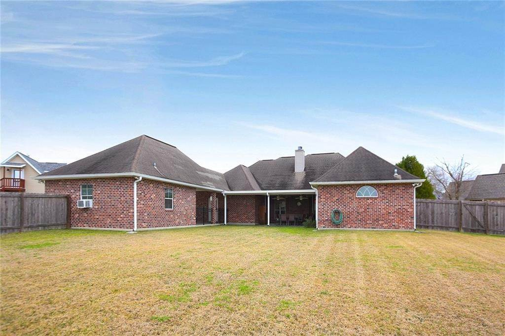 21. Single Family Homes por un Venta en 206 MEREDITH Place Hahnville, Louisiana 70057 Estados Unidos