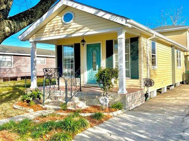 Single Family Homes por un Venta en 483 LAROUSSINI Street Westwego, Louisiana 70094 Estados Unidos