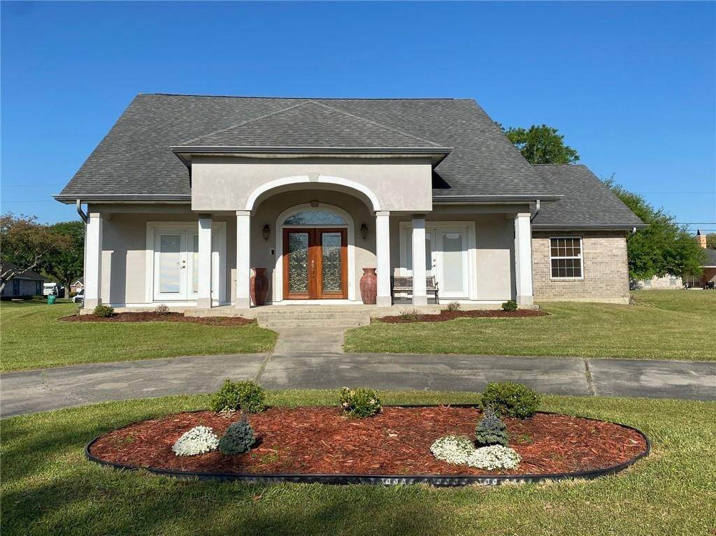 Single Family Homes for Sale at 122 BUCKINGHAM Street La Place, Louisiana 70068 United States