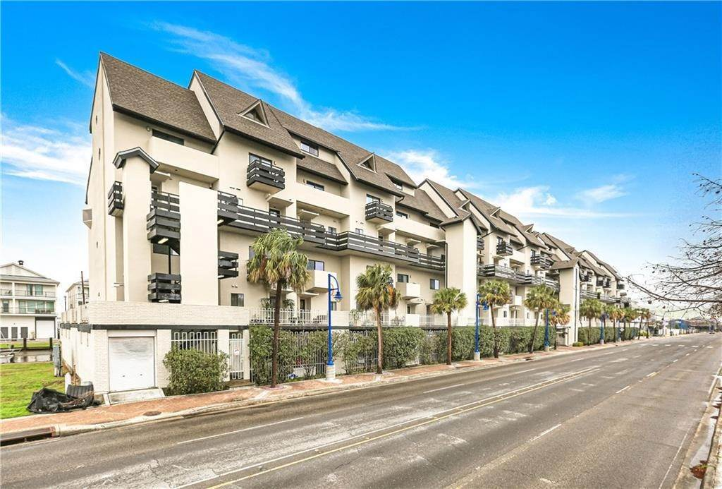 Condominiums for Sale at 7300 LAKESHORE Drive New Orleans, Louisiana 70124 United States