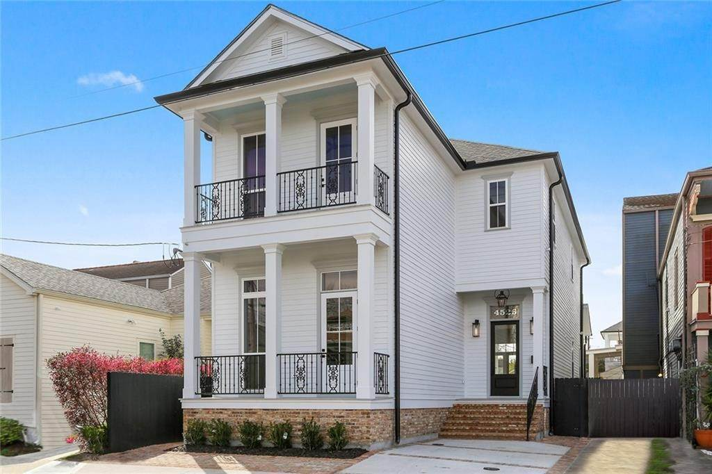 Single Family Homes for Sale at 4526 CONSTANCE Street New Orleans, Louisiana 70115 United States