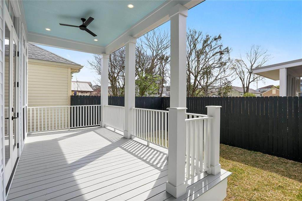 29. Single Family Homes for Sale at 4526 CONSTANCE Street New Orleans, Louisiana 70115 United States