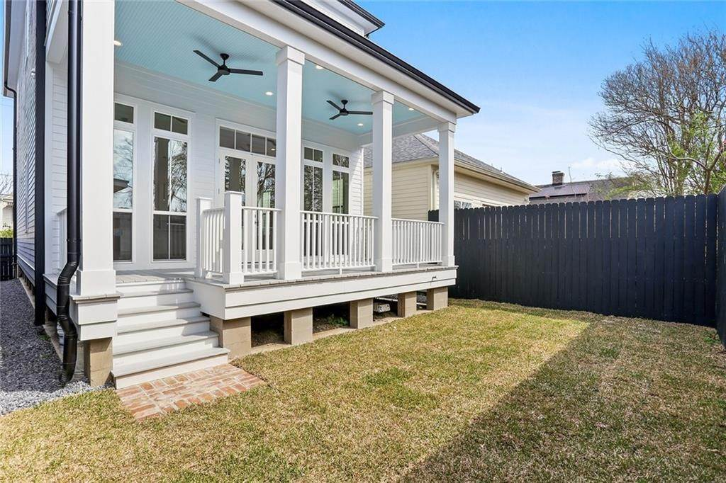 31. Single Family Homes for Sale at 4526 CONSTANCE Street New Orleans, Louisiana 70115 United States