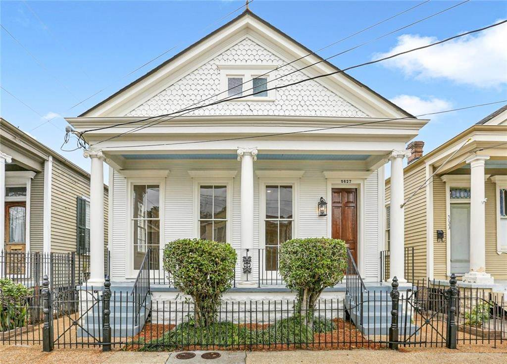 Single Family Homes for Sale at 5627 LAUREL Street New Orleans, Louisiana 70115 United States