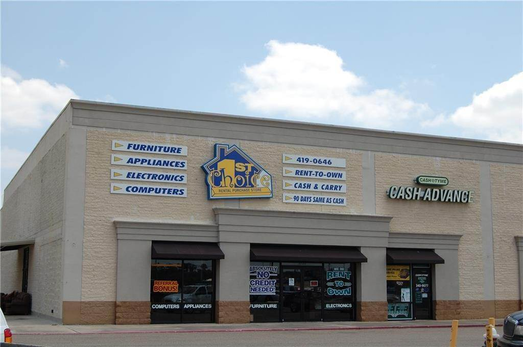 Retail at 2718 W THOMAS Street Hammond, Louisiana 70401 United States