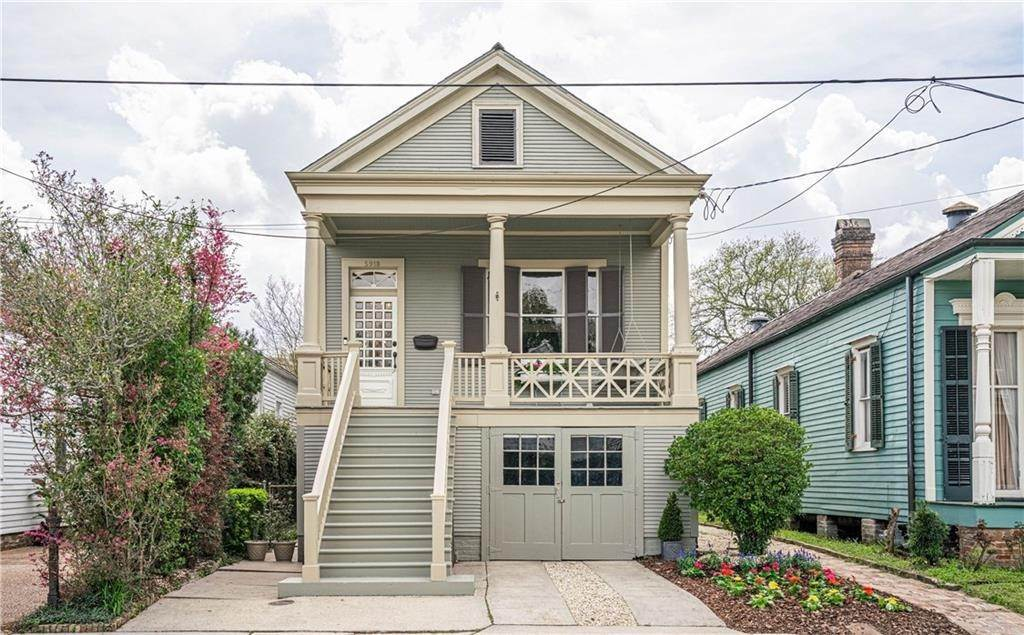 Single Family Homes for Sale at 5918 CHESTNUT Street New Orleans, Louisiana 70115 United States