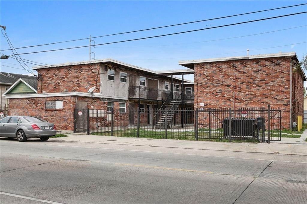 Apartments for Sale at 3909 11 TCHOUPITOULAS Street New Orleans, Louisiana 70115 United States