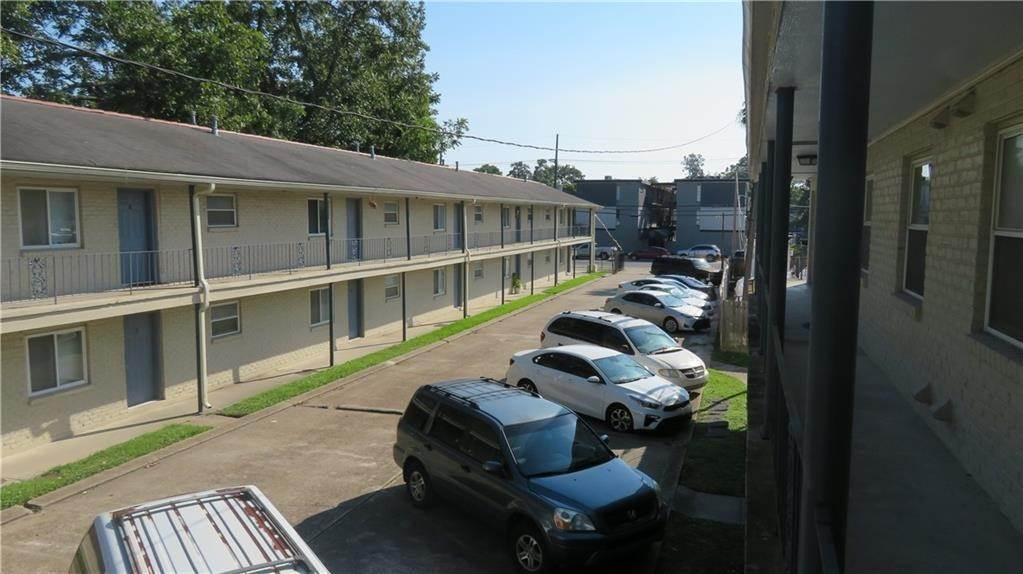 Apartments at 680 CENTRAL Avenue Jefferson, Louisiana 70121 United States