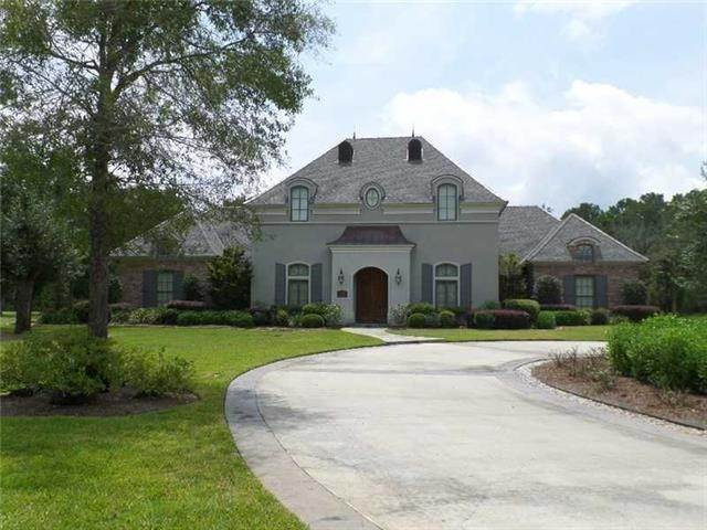 Single Family Homes at 431 WINDERMERE OAKS WEST Madisonville, Louisiana 70447 United States