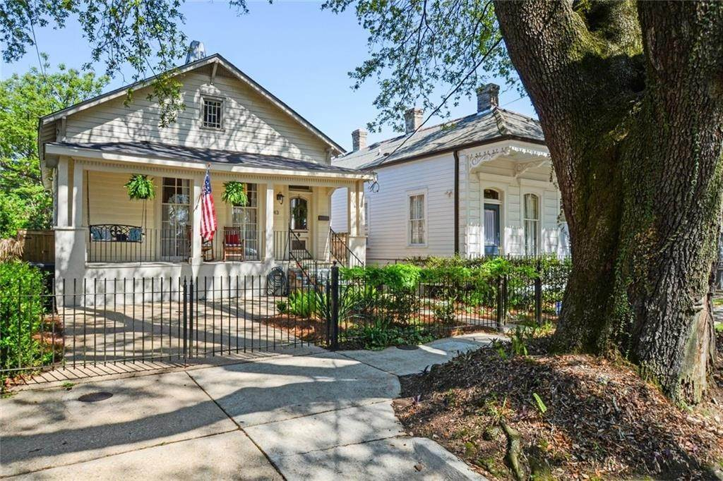 Single Family Homes for Sale at 743 LOUISIANA Avenue New Orleans, Louisiana 70115 United States