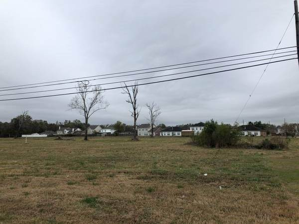Single Family Homes for Sale at TRACT A, HOMEPLACE RD U.S. HIGHWAY 90 Road Avondale, Louisiana 70094 United States