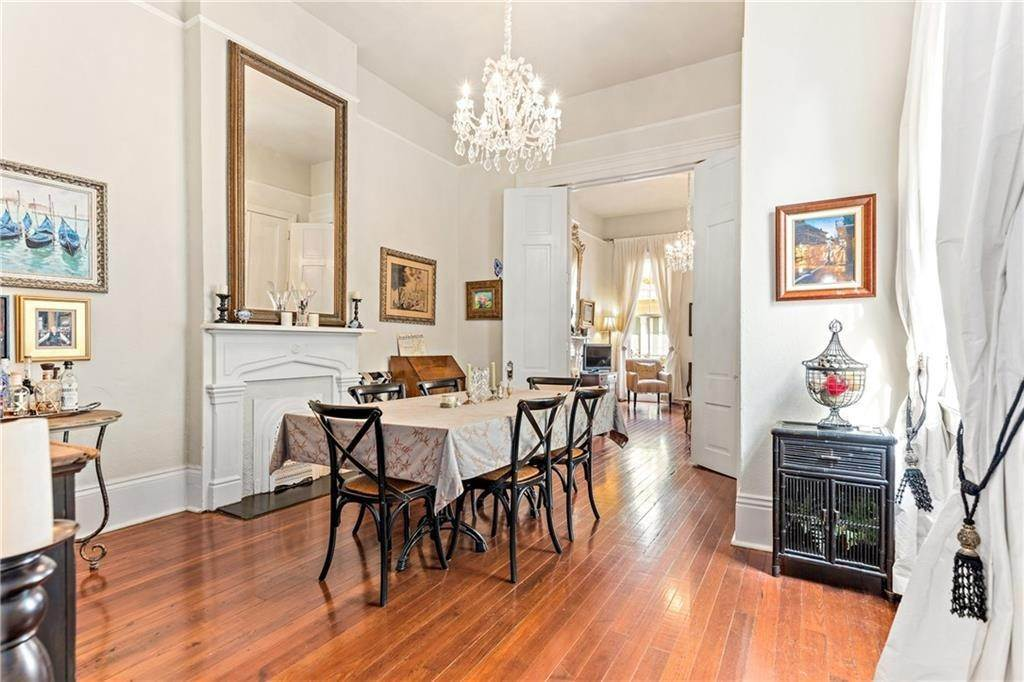 7. Condominiums for Sale at 1224 ROYAL Street New Orleans, Louisiana 70116 United States