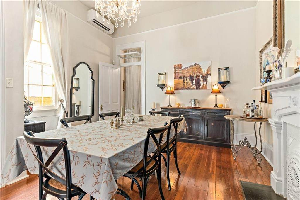 8. Condominiums for Sale at 1224 ROYAL Street New Orleans, Louisiana 70116 United States