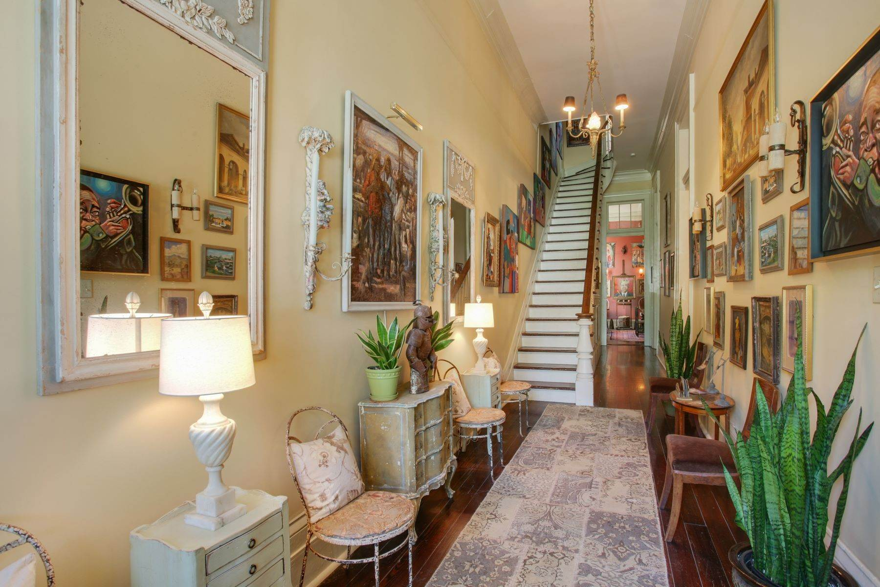 5. Single Family Homes for Sale at 1216 CAMP Street 1216 Camp St New Orleans, Louisiana 70130 United States