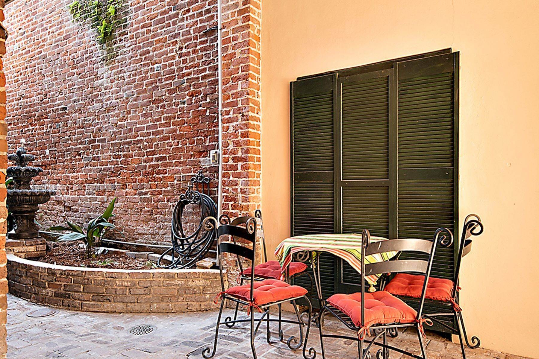 11. Condominiums for Sale at 407 Burgundy Street, Unit 2 407 Burgundy St, Unit 2 New Orleans, Louisiana 70112 United States
