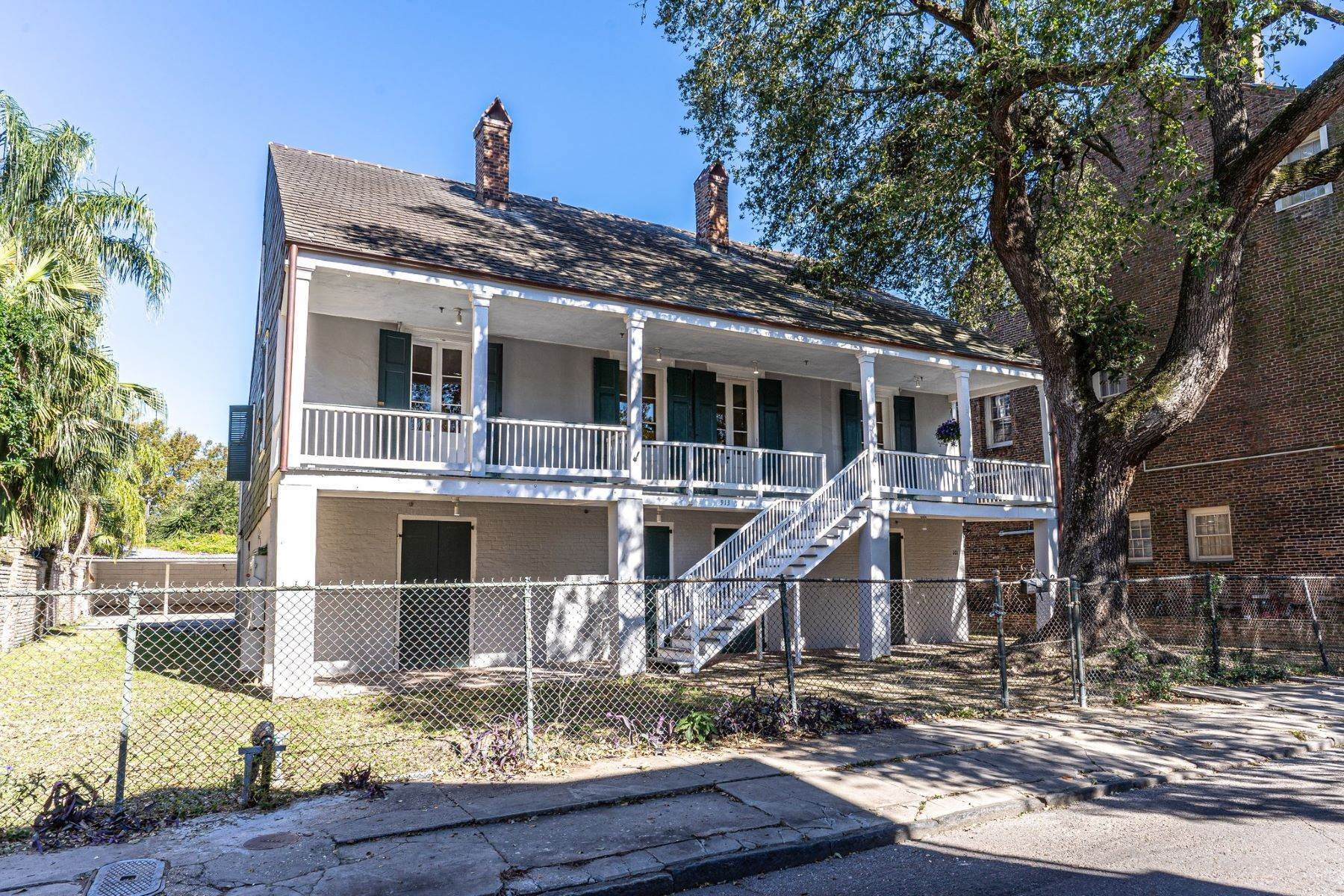 Condominiums for Sale at 913 Governor Nicholls St #201 New Orleans, Louisiana 70116 United States