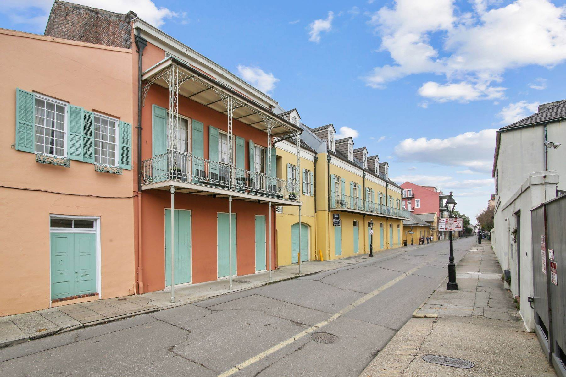 Condominiums for Sale at 1040 Chartres Street, C6 1040 Chartres St, C6 New Orleans, Louisiana 70116 United States