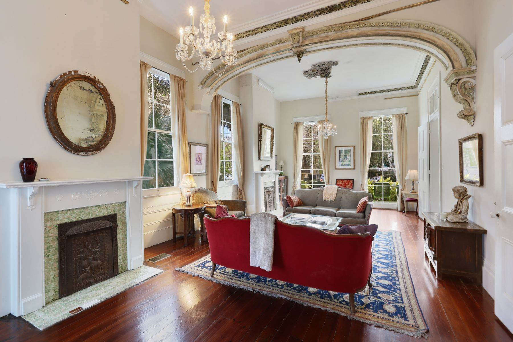 6. Single Family Homes for Sale at 2613 Royal New Orleans, Louisiana 70117 United States