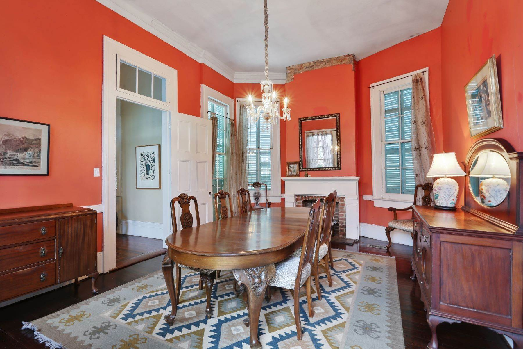 7. Single Family Homes for Sale at 2613 Royal New Orleans, Louisiana 70117 United States